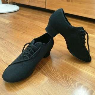 Latin Close Toe Heels