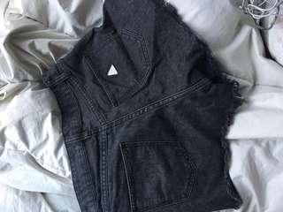 Abrand black highwaist shorts