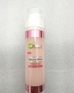 Garnier sakura white serum