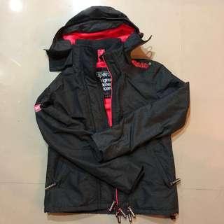 🚚 Superdry 三層 防風外套