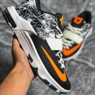 KD 籃球鞋