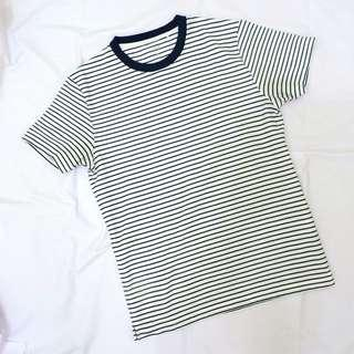 Uniqlo striped tee bw
