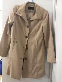 專櫃購入風衣外套