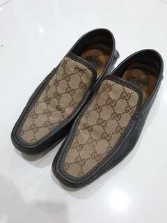 Gucci Men Shoes Size 39