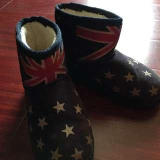 🚚 保暖男童英國雪靴