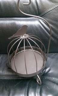全新鐵鳥籠家居擺設一個,可作蚊香架
