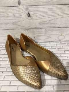 Sepatu bata pesta gold bahan jelly kuat