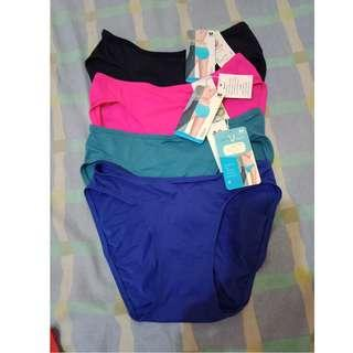 brand new wacoal panties, take all for 490