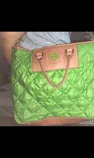 Christmas Sale🎄🎄🎄Preloved Authentic Quilted Tory Burch