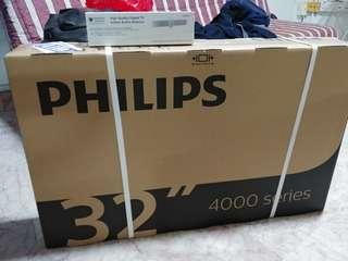 32 inch phillips tv brand new in box (free indoor antenna)