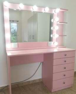 Make Up Table/Vanity Miror with Table