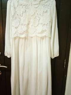Baju syar'i putih