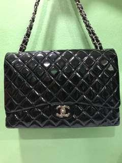 {CHEAP DEAL} Authentic Chanel Maxi (Double Flap) Black Pattern