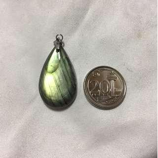 Labradorite pendant with stainless steel