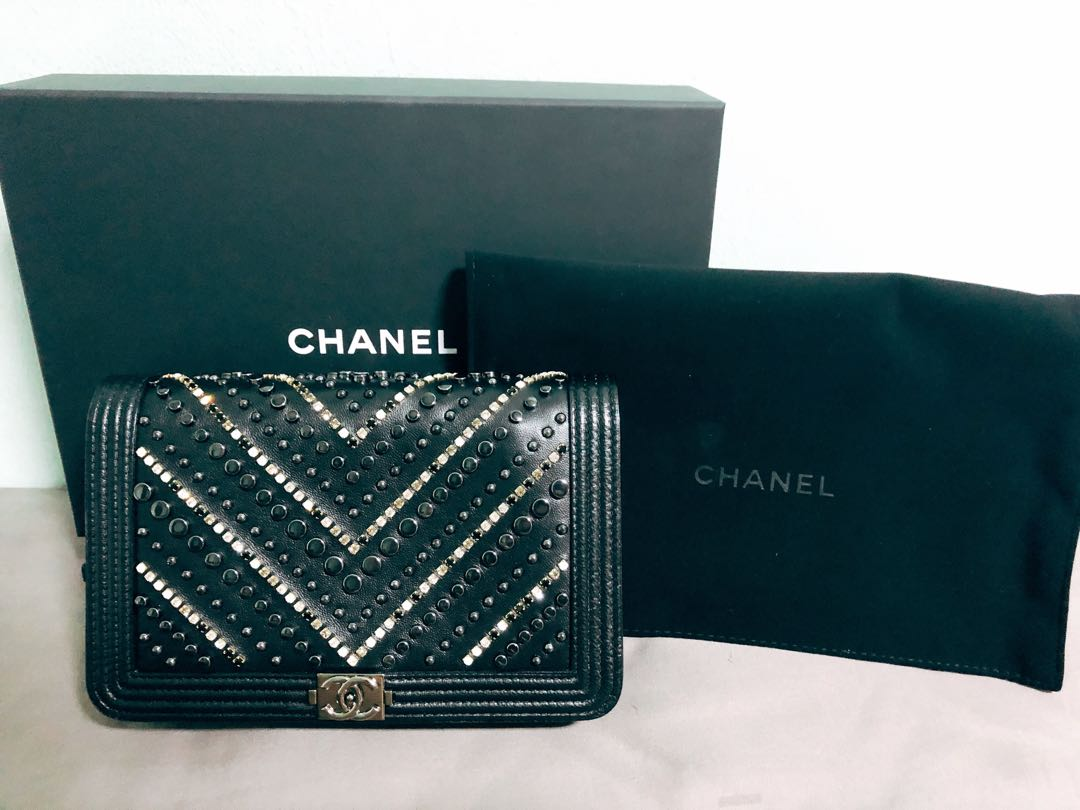 BN super rare Chanel boy Wallet on Chain 45572fec32bb5