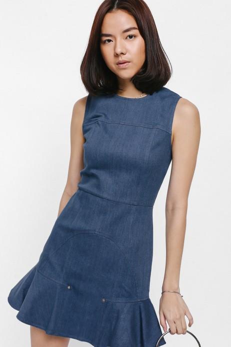 BNWT Love Bonito Fenima Fluted Hem Denim Dress  (size m)