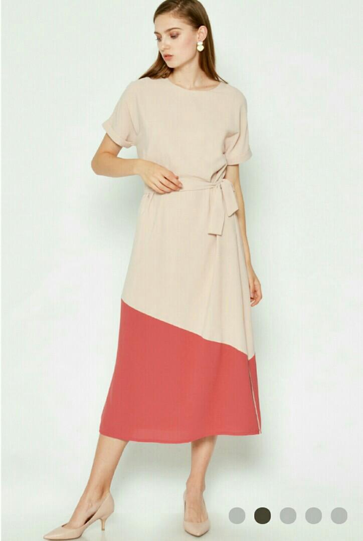 8660387a7afe Love and Bravery Clourblock Dress in cream