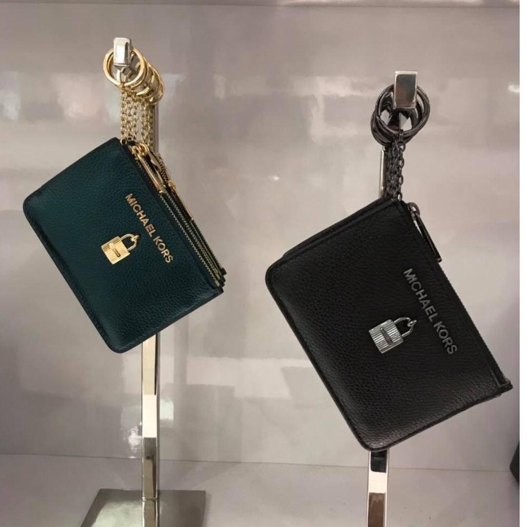 5b819890f65e ... Folio Wallet Coin Small Change. Cuore Michael Kors 39f5lhrf3l Harrison  Seablue 482. Photo. Michael Kors Coin Pouch Women S Fashion Bags Wallets On