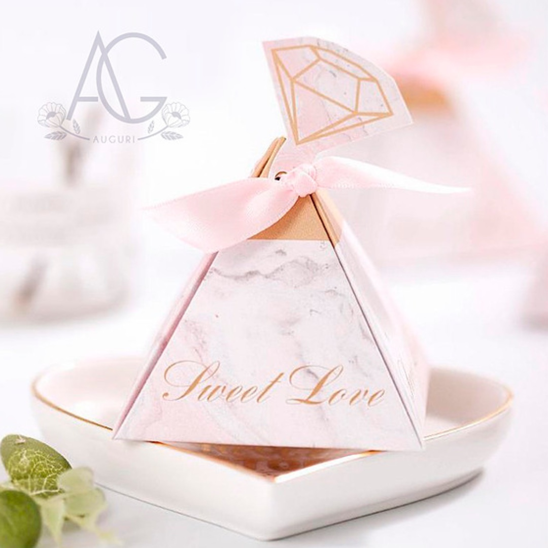 5f405025d Pinky Pyramid Wedding Favors, Everything Else on Carousell