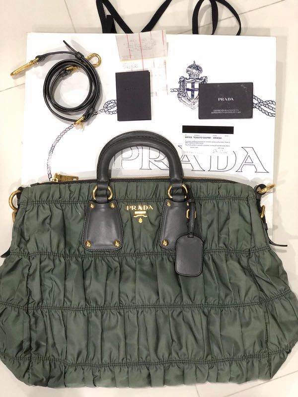 bd51dacb0a2cd7 Selling Authentic Prada Tessuto Gaufre BN1935!, Women's Fashion ...
