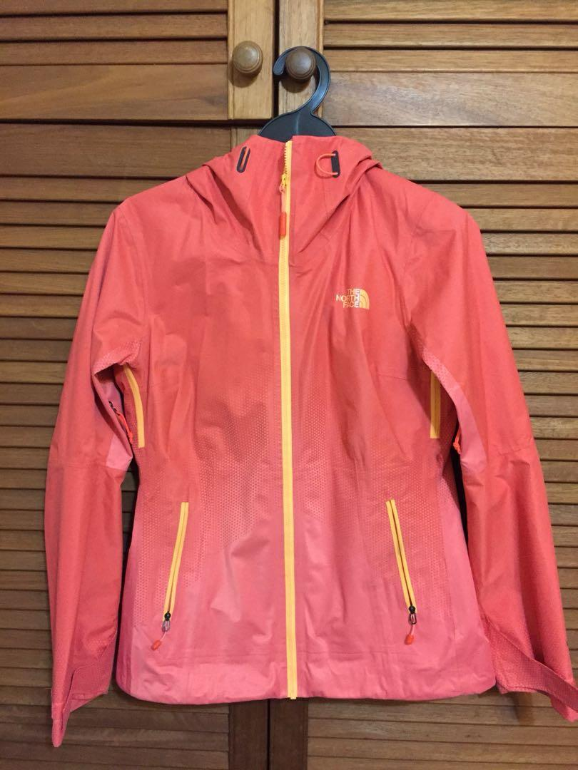 ea0433b62 The North Face waterproof jacket hyvent 2.5, Women's Fashion ...
