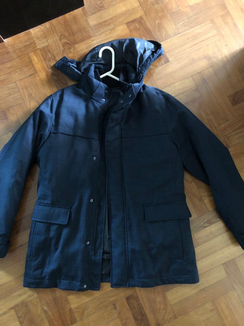eca24025c5f Uniqlo Men Winter Jacket detachable hood