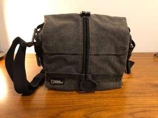 National Geographic Walkabout Midi Satchel (NG W2140) Camera Bag