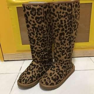豹紋毛毛長Boot