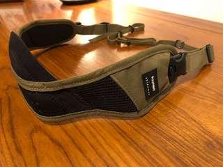 Crumpler The Convenient Disgrace Pro Camera Strap