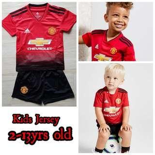 Manchester United kids jersey kit