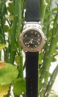 Orient all stainless steel