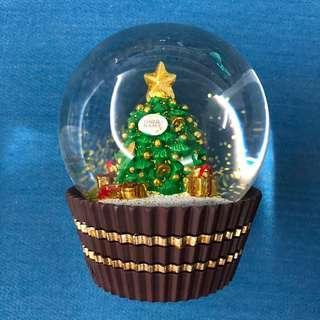 Ferrero Rocher Limited Edition Snow Globe