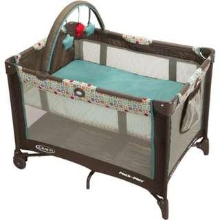 Graco Pack 'n Play On the Go Playard with Bassinet, Twister (FREE Graco Playard Quilted Sheet)
