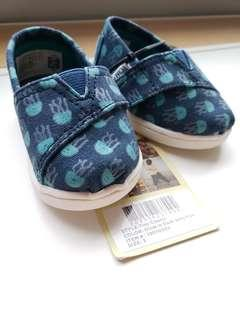 Tom's Baby Shoes in US Size 3.  Jellyfish Pattern.