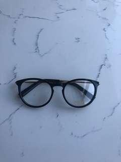 Tom Ford glasses with gold