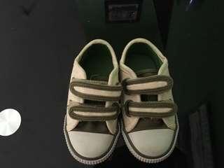 Sepatu mother care 4-7 bulan