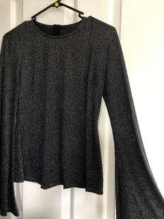 Shakuhachi long sleeve top with bell sleeves size 6-8