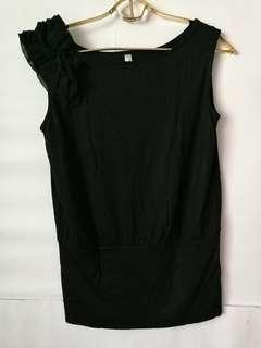 Kashieca Luxe Black Top with frill detail