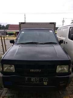 Isuzu panther box 2011