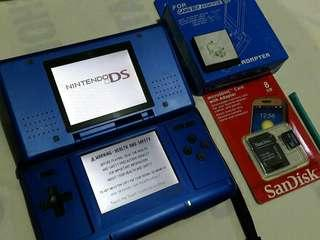 Nintendo ds with 8gb flashcart 115 games installed downloadable