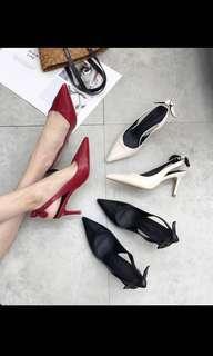 🚚 OL復古氣質上班族淺口尖頭細跟高跟鞋包鞋(白/黑)