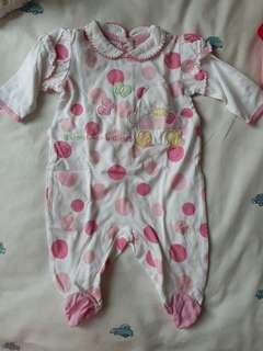 Sleepsuit bayi