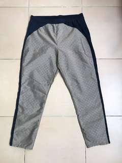 Uniqlo statement pants