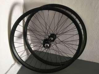 Chris King & Light Bicycle Rims 27.5 wheelset