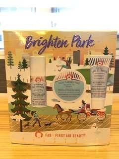 First Aid Beauty 面霜 洗面 FAB Brighten Park 超值 聖誕套裝