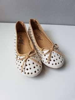 Sepatu / Girl Shoes Cool shoes