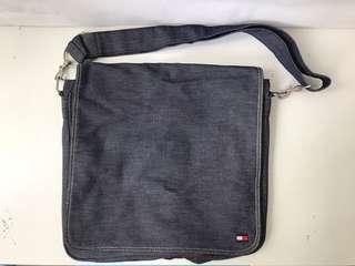 Tommy Hilfiger Unisex Sling Bag