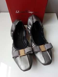 Ferragamo Ballerina Flat Shoes Premium - Sepatu Flat