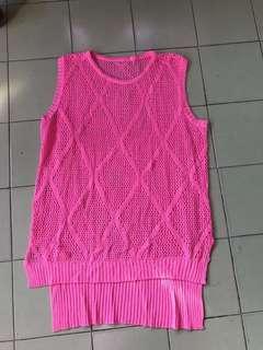 粉紅色線衫
