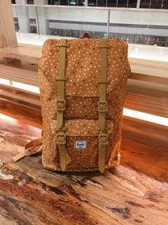 FLASH SALE - First to Make Offer Preloved Herschel Little America Mid Volume